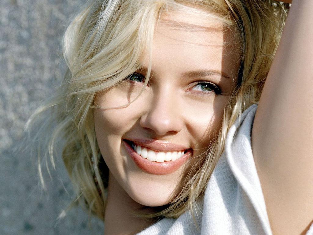 壁紙 スカーレット ヨハンソン 微笑み 顔 有名人 ダウンロード 写真