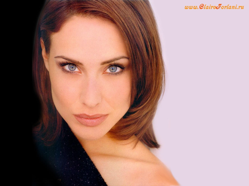 Claire Forlani Nude Photos 46