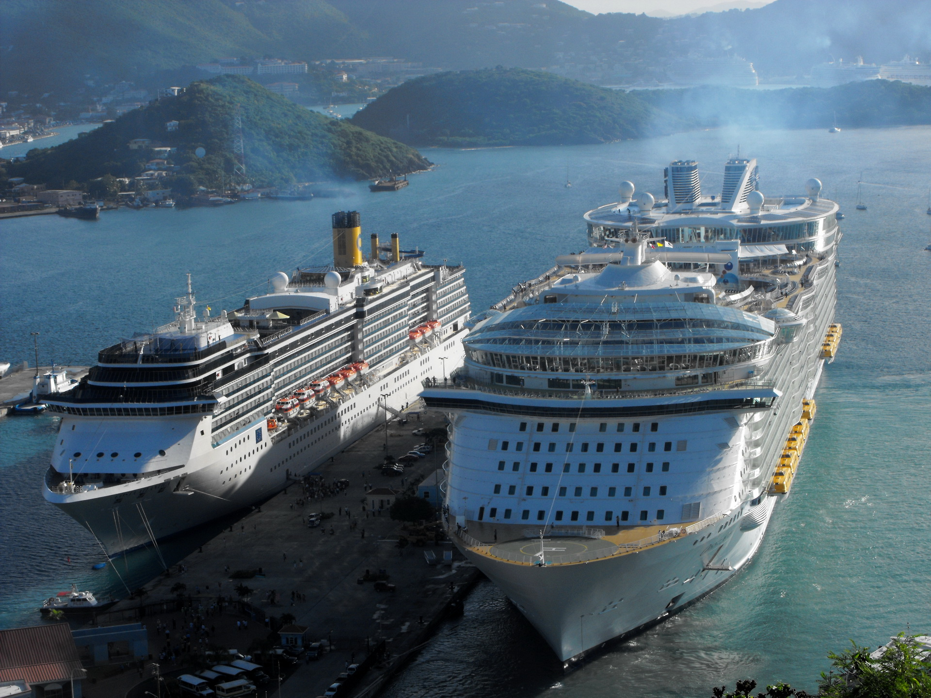 Pictures Cruise Liner Osais Of The Seas Ships