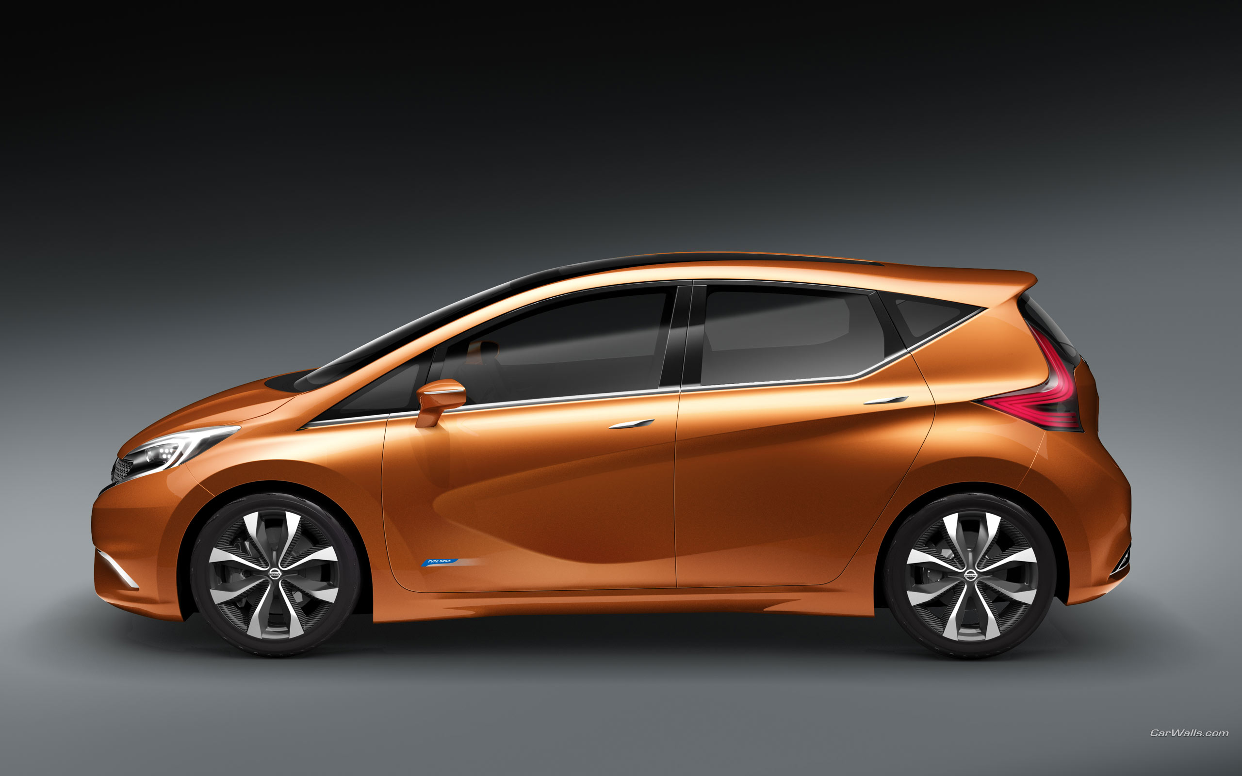 Pictures Nissan Cars