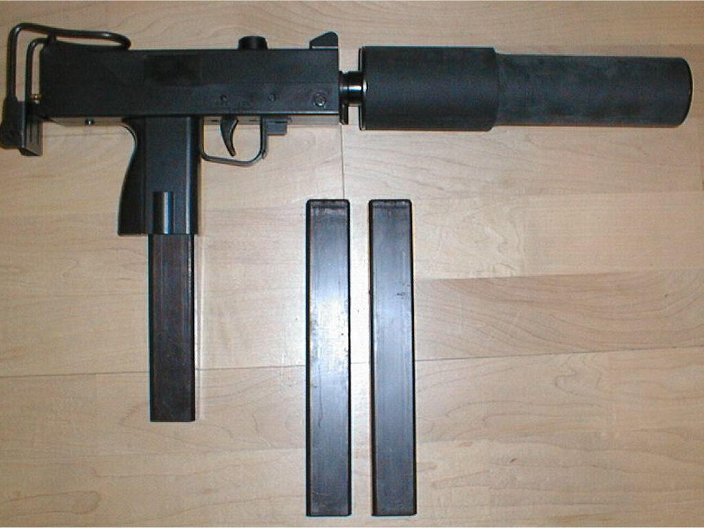 Photo Submachine gun SMG Assault rifle Suppressor Ingram ...