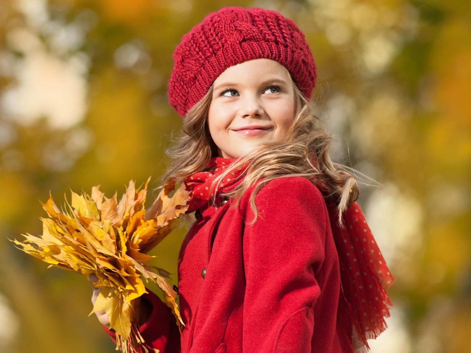 Fonds decran Nouvel An Fond blanc Petites filles Chapeau