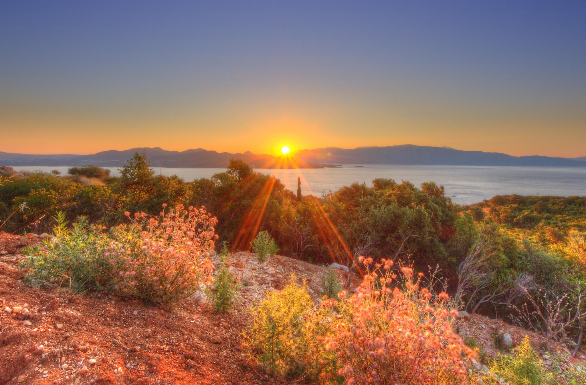 Levers et couchers de soleil Ciel Rayons de lumière Nature