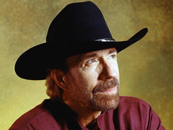 Fotos Chuck Norris Prominente 600x450