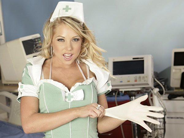 Фото горячих медсестер