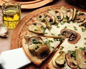 Hintergrundbilder Pizza Pilze Stücke Stück Lebensmittel