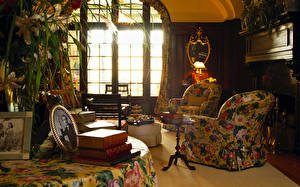 Photo Interior Vintage Wing chair Room Design