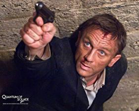 Pictures James Bond Quantum of Solace Movies