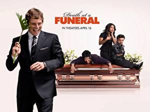 Wallpaper Death at a Funeral film