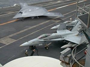 Bilder UAV X-47B & F-18