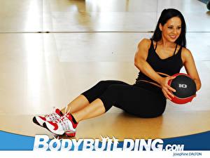 Fonds d'écran Bodybuilding jeune femme Sport