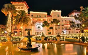 Fotos Springbrunnen Nacht Palmengewächse Städte