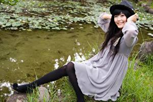 Picture Asiatic Gown Hat Pantyhose Girls