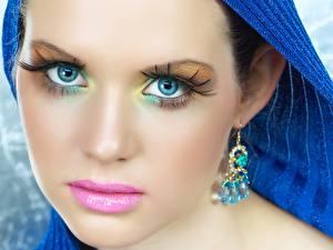 Fotos & Bilder Ohrring Gesicht Make Up Mädchens fotos