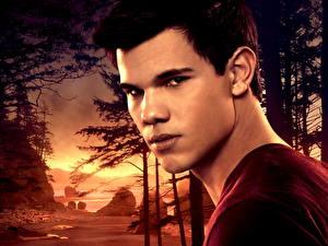Bakgrundsbilder på skrivbordet The Twilight Saga The Twilight Saga: Breaking Dawn Taylor Lautner Filmer