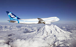Fotos Flugzeuge Verkehrsflugzeug Boeing 747