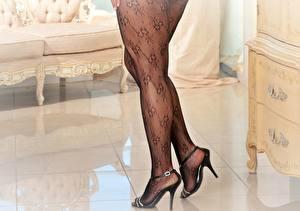 Bilder Großansicht Strumpfhose  High Heels Bein