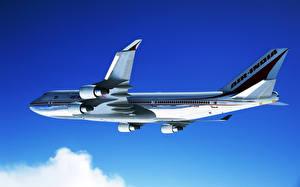 Fotos Flugzeuge Verkehrsflugzeug Boeing Boeing-747