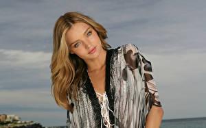 Bilder Miranda Kerr Kleid