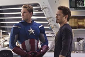 Fotos Marvel's The Avengers 2011 Robert Downey Jr Captain America Held Chris Evans Film