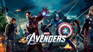 Bilder Marvel's The Avengers 2011 Iron Man Held Captain America Held Chris Evans Film
