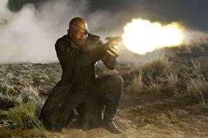 Tapety na pulpit Avengers (film 2012) Strzał Murzyn