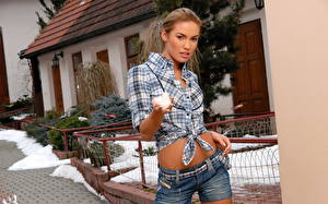 Bilder Veronika Fasterova Hemd Shorts Mädchens