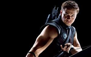 Fotos Marvel's The Avengers 2011 Jeremy Renner Bogenschütze HAWKEYE