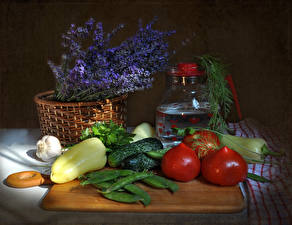 Wallpapers Still-life Vegetables Syringa Bell pepper Allium sativum Cucumbers Tomatoes Wicker basket Food