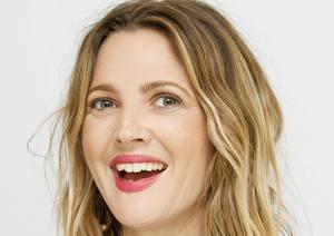 Bilder Drew Barrymore Augen Blick Lächeln Gesicht Zähne Haar Dunkelbraun Prominente