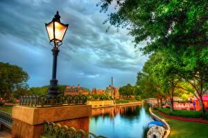 Bakgrunnsbilder Frankrike Himmelen Gatebelysning Skyer HDR Disneyland Paris byen