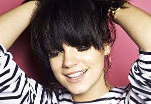 Pictures Lily Allen Smile Teeth Face Hair Brunette girl Music Girls Celebrities