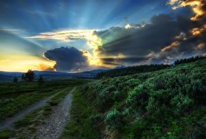 Fotos & Bilder Park USA Wege Himmel Sonnenaufgänge und Sonnenuntergänge Wolke Lichtstrahl HDR Yellowstone Natur fotos