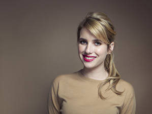 Pictures Emma Roberts Glance Face Hair Dark Blonde Smile Teeth Celebrities Girls